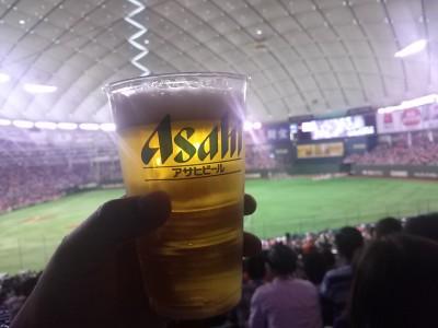 ビールを飲んで